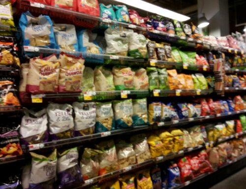In Amerika gibt es sogar ein Regal nur mit Chips.